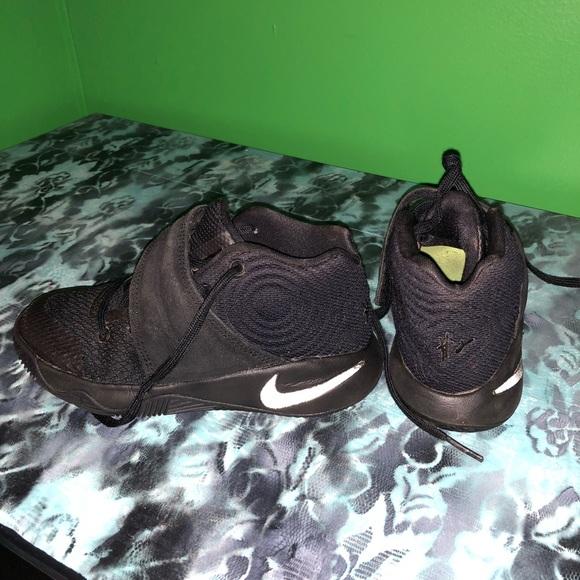 Nike Shoes | Kyrie Boys Size 12c